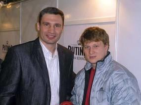 Виталий Кличко уверен в победе брата над Поветкиным