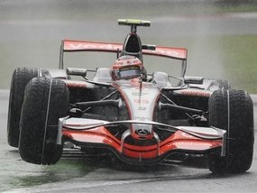 Себастьян Феттель сенсационно выигрывает квалификацию Гран-При Италии