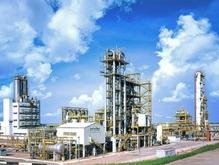Из-за повышения тарифов на ж/д перевозки украинские НПЗ снизят переработку нефти