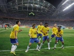 Футбол: Италия вылетает, Нигерия в полуфинале