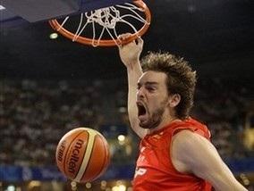 Баскетбол: Іспанія ставить Новіцкі на місце