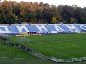 Київському Арсеналу немає де прийняти Зорю