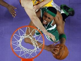 Чемпіона NBA затримала поліція