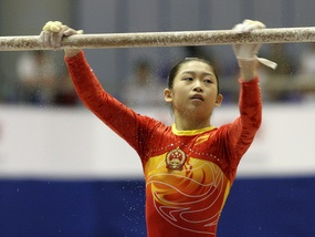Олимпиада-2008: Китайских гимнасток подозревают в подделке документов