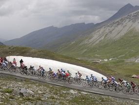 Тур де Франс: У подножья Alpe d Huez