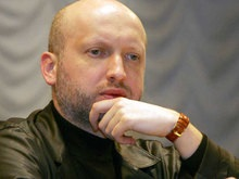 Турчинов: Решение Президента о ОПЗ - провокация