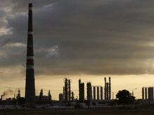 Укрнафта прекращает продажу бензина на своих АЗС