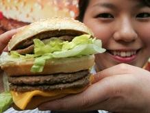 McDonald s потратит $2 млрд на расширение и обновление