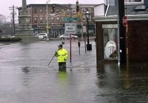 На северо-востоке США продолжаются сильнейшие наводнения