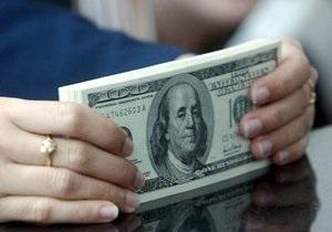 Ъ: Впервые с августа доллар на межбанке упал ниже восьми гривен