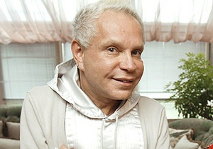 Борис Моисеев пошел на поправку