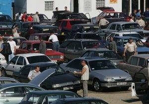Импорт авто в Украину - налоги - Янукович-младший предложил Азарову отменить спецпошлины на импорт авто