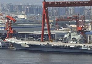 Первый китайский авианосец вышел в море