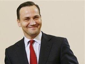 Радослав Сикорский не собирается быть генсеком НАТО