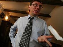 Луценко дал объяснения в прокуратуре