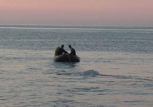 В море возле Ялты спасли мужчину, который уснул на матрасе