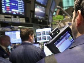 Рынки: Акции растут, несмотря на падение гривны