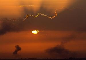 Израильские ВВС нанесли удар по лагерю боевиков в Газе