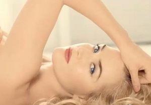 Кейт Уинслет снялась обнаженной в рекламе помады