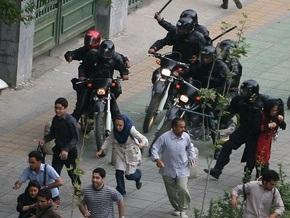 В центре Тегерана вновь произошли столкновения