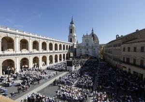Бывшего камердинера Папы Римского приговорили к полутора годам тюрьмы