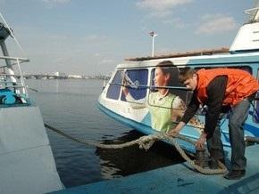 С 1 мая столичный речной порт открывает сезон навигации по Днепру