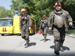 Горняк Енакиевской шахты спасен после трех дней под землей