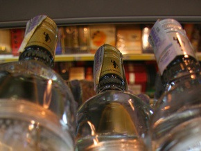 В Черниговской области СБУ и налоговики выявили незаконную партию 20-ти тонн спирта