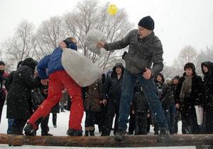 Фотогалерея: Уходи, зима! Киев отгулял Масленицу