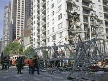 Башенный кран рухнул на дом в Нью-Йорке