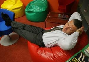 Больше половины россиян на работе маются от скуки - опрос