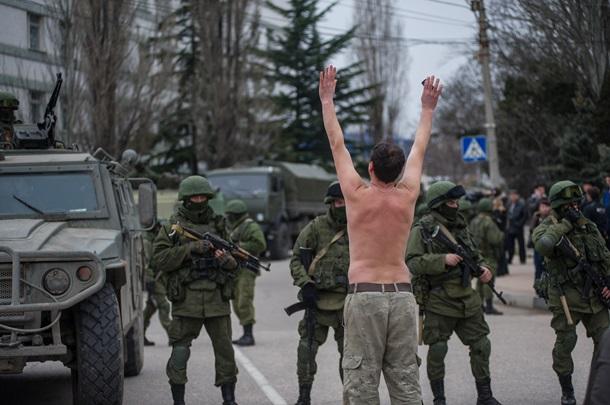 Обзор иностранных СМИ: Что ждет Крым? (ВИДЕО)