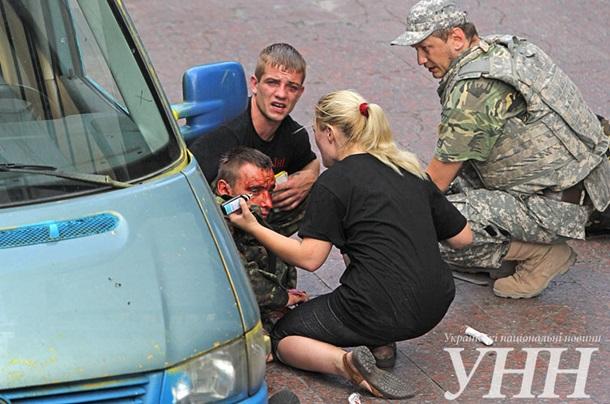 На Европейской площади произошел взрыв, есть пострадавшие