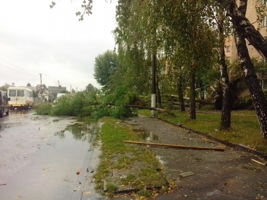 На Ривненщине ливни повредили более 30 домов