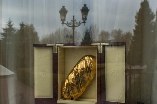 Межигорье сегодня: фотоэкскурсия по экс-резиденции Януковича