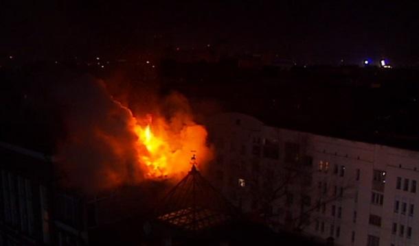 ФОТО: Пожар в банке Ищенко на Подоле