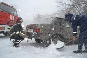 ФОТО: Одессу парализовал снегопад: въезды и выезды закрыты