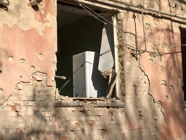 ФОТО: Обстрел кафе в Счастье: количество жертв растет