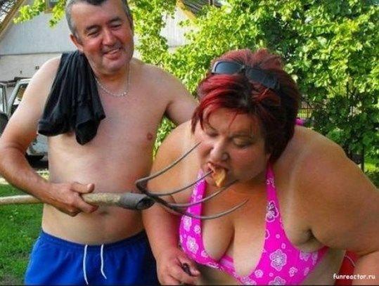 ФОТОЖАБЫ: Соцсети высмеяли блины с лопат в Ставрополе