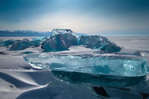 Как вода превращается в бирюзу: фотограф показал редкие природные кадры