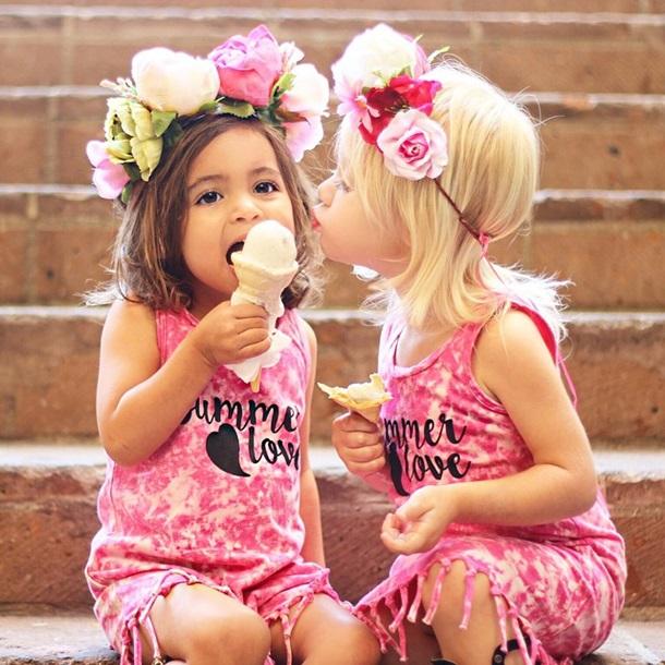 Девочки малышки голеньки фото 353-897