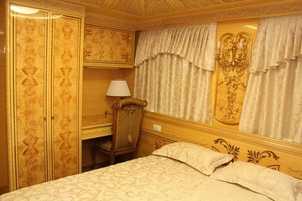 1665411 Укрзализныця показала элитные вагоны для VIP-клиентов