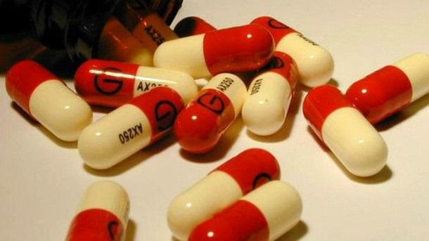 У Британії закликають карати за надуживання антибіотиків