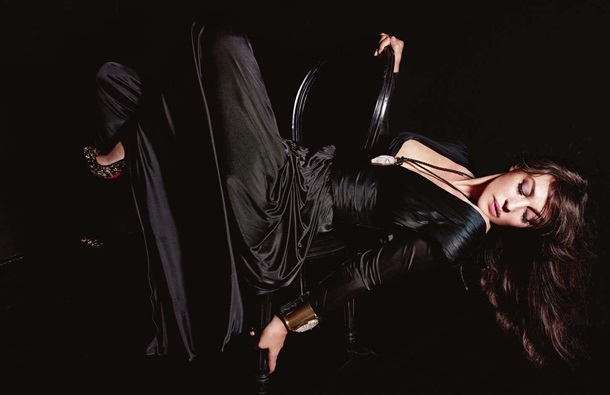 Моника Белуччи снялась в откровенной фото сессии