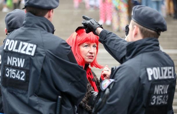 Карнавал в Кельне: более 20 случаев домогательств