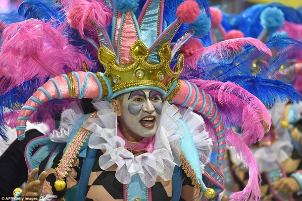 Завараживающий карнавал в Рио-де-Жанейро