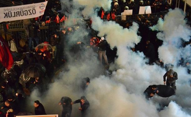 Митинг в Турции: полиция применила силу
