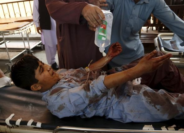 В Пакистане смертник взорвался в суде: десять жертв