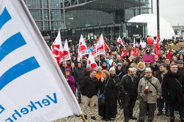 В Берлине протестуют против Меркель
