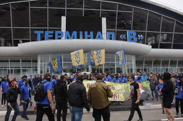 «Азов» захватил аэропорт «Борисполь» (ВИДЕО)